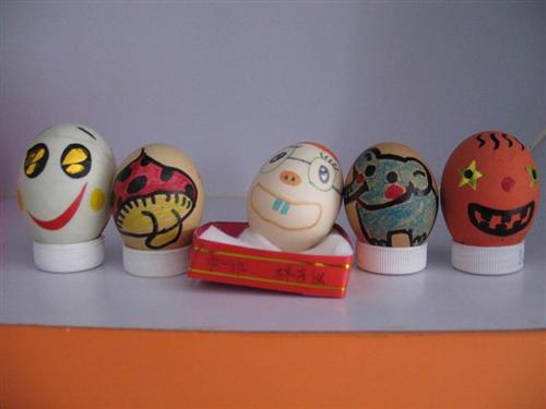 幼儿园动态 亲亲彩蛋——复活节亲子手工制作